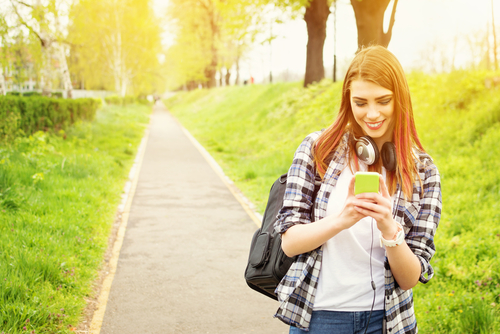 4 Important Stats about Millennials and Mobile Banking